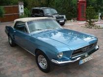Ford Mustang mieten für Selbstfahrer
